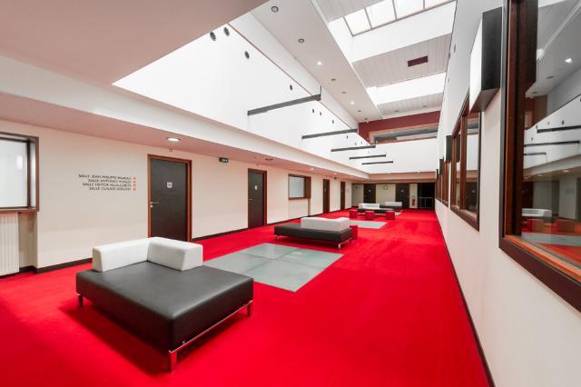 Le Conservatoire Musique et Danse occupe les deux derniers étages du Trente.