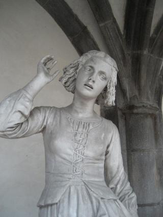 Jeanne d'Arc écoutant ses voix par Rude, hôtel de Ville, Riom
