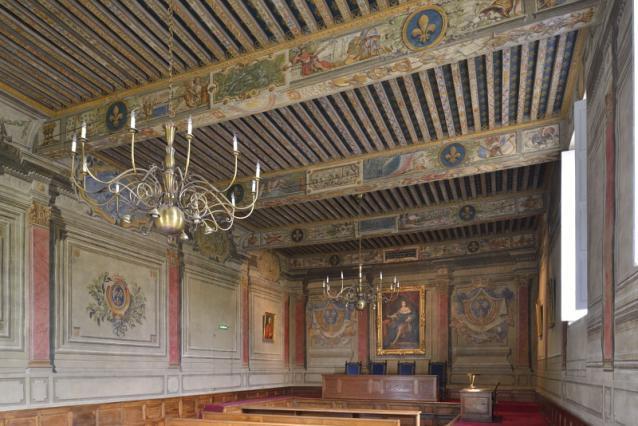 Vue générale de la salle d'audience du parlement de Dombes